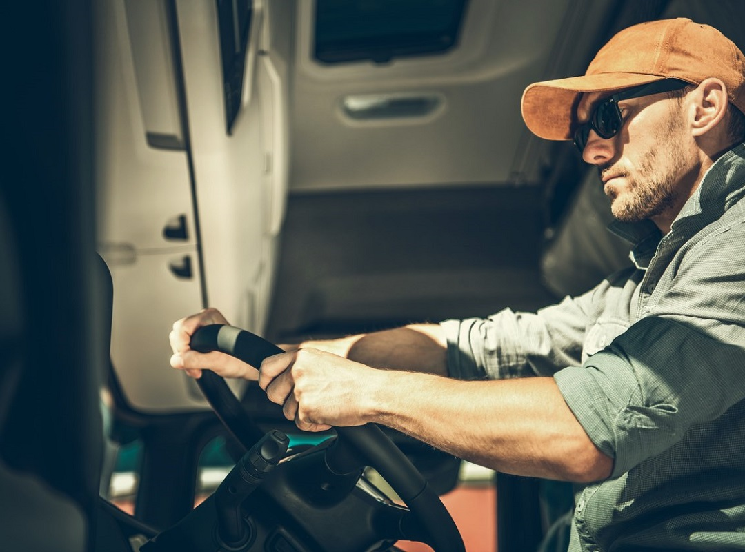 steps to becoming an owner operator truck driver