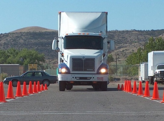 how long truck driving school